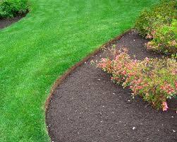 b2ap3_thumbnail_Lawn-Edges_20130117-181833_1